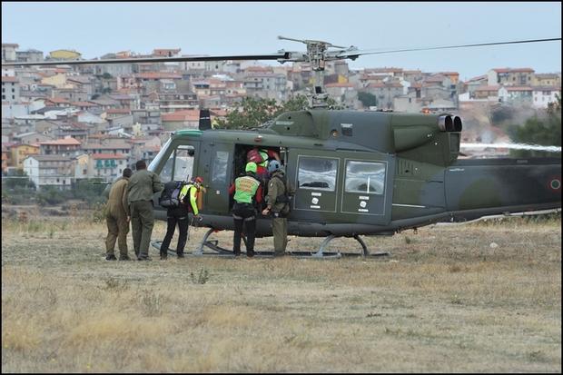 Elicottero Ab 212 : Un elicottero dell aeronautica militare in soccorso a