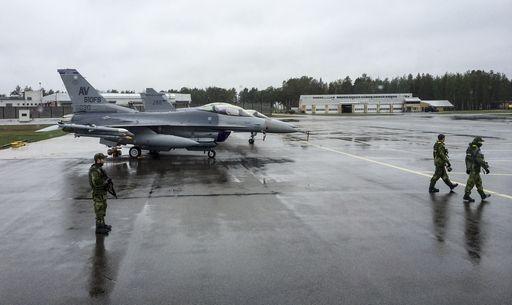 Aviazione militare turca colpisce basi Pkk in Iraq