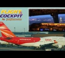 747 Cockpit into London Gatwick (2007) [Video]