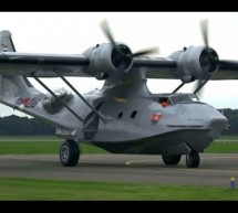 FLYING BOAT Catalina PH-PBY Touch and Go Lelystad Airport [Video]