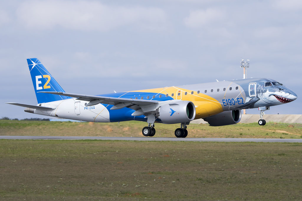 E190 E2 CORPORATE LIVERY GROUND